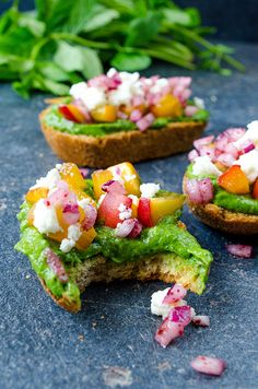 Peach Bruschetta with an amazingly refreshing and yummy green sauce, caramelized peach, feta and onion
