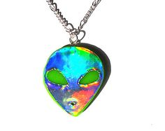Holographic Alien Necklace Green UFO Hologram Alien Head Pendant 90s Grunge Jewelry Kawaii Jewelry Rainbow Jewelry Kawaii Accessories