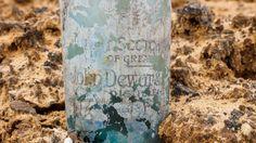 Archäologen machen bei Tel Aviv einen erstaunlichen Fund: Hunderte Flaschen mit Whisky, Gin, Bier. Die Hinterlassenschaft britischer Truppen, die 1917/18 in Palästina gegen die Osmanen kämpften.