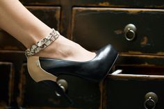 Shanks High Heels & Heel Caps © alexreinprecht.at Leather Cover, Platform Pumps, Shank, High Heels, Pairs, Outfits, Fashion, Outfit, Moda