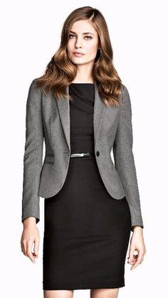 Petite robe noire OK - ceinture metal élastique Zara OK - veste grise RL