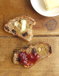Homemade Bircher muesli bread - make the best toast ever! #baking #realbread http://thelittleloaf.wordpress.com