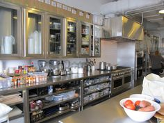 Modern Kitchen Design - Time and again, I have heard it said that restaurant kitchen business is one of the most lucrative businesses you […] Bakery Kitchen, Restaurant Kitchen, Restaurant Design, New Kitchen, Kitchen Decor, Kitchen Modern, Kitchen Ideas, Industrial Kitchen Design, Industrial Furniture