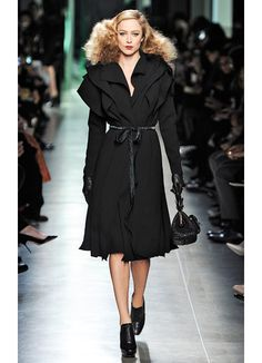 Runway Photos: Bottega Veneta Fall 2013