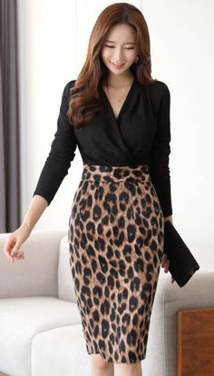 StyleOnme_Leopard Print H-Line Skirt # Animals roupas Leopard Print Outfits, Animal Print Outfits, Animal Print Fashion, Fashion Prints, Leopard Print Skirt, Business Casual Outfits, Classy Outfits, Beautiful Outfits, Cute Outfits