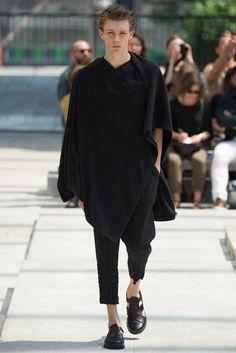 Issey Miyake Men Spring-Summer 2017 - Paris Fashion Week #PFW