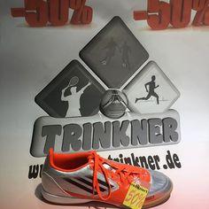 Fußball Schuhe Blow-Out Sale zum WSV und Rückrundenstart 2018 beim größten Fußball Shop der ganzen Region #sporttrinkner Alle Modelle sind Einzelpaare und nicht in Allen Größen vorrätig!