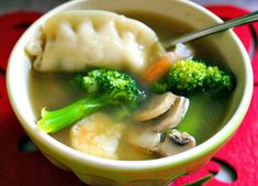 A quick and easy Wor Wonton Soup recipe that takes 20 minutes to make and tastes homemade! Healthy Soup Recipes, Snack Recipes, Healthy Eats, Healthy Snacks, Cooking Recipes, Easy Chinese Recipes, Asian Recipes, Ethnic Recipes, Bon Appetit