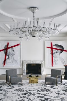 A luxury statement as much as a lighting, the Baccarat Paris chandelier fits every interior. Imagined by the interior designer and decorator Stéphanie Coutas, it is a subtle combination of modernity and heritage icons. Baccarat Chandelier, Lampshade Chandelier, Chandelier In Living Room, Top Interior Designers, Luxury Interior Design, Interior Design Inspiration, Interior Decorating, Decorating Ideas, Modern Classic Interior