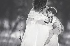 Photographer Seeks To Normalize Breastfeeding With Striking Outdoor Nursing Photos