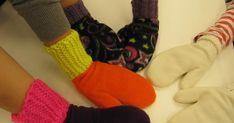Tänään tuli valmiiksi fleecerukkasia, jotka neuloivat ja ompelivat viidesluokkalaiset.