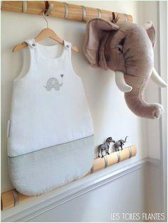 Image of Sur commande: gigoteuse/turbulette pour bébé en coton imprimé Bedding Inspiration, Kids Room, Onesies, Boutique, Clothes, Baby Bedding, Poplin, Baby Things, Manualidades