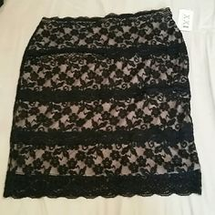 Large beige and lace pencil skirt NWT. no flaws or issues. Size large, will fit a medium as well. Nice skirt. Price firm unless bundled. Forever 21 Skirts Pencil