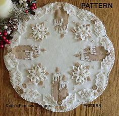 """White Christmas"" Wool Applique Penny Rug Candle Mat Pattern across Penny Rug Patterns, Wool Applique Patterns, Felt Patterns, Felt Applique, Quilt Pattern, Sewing Patterns, White Christmas, Felt Christmas, Xmas"
