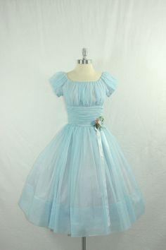 Vintage Blue Wedding Dress - Aww, this looks like Wendy& dress from Peter Pan! 50s Dresses, Pretty Dresses, Beautiful Dresses, Beautiful Flowers, Vintage Outfits, Vintage Gowns, Dress Vintage, Vintage Clothing, Moda Vintage