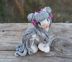 Genuine and original polymer clay sculpture designed and handmade with love by Elisabete Santos Cute Polymer Clay, Polymer Clay Animals, Cute Clay, Polymer Clay Projects, Polymer Clay Creations, Horse Sculpture, Sculpture Clay, Cute Fantasy Creatures, Cute Ponies