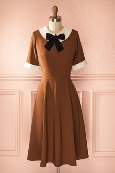 Dagoberta - Brown A-line midi dress with a white Peter-Pan collar and a bow