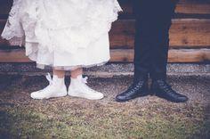 Cool wedding shoes! www.valokuvausoxa.com