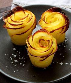 Voici une manière très originale de présenter la pomme de terre : sous forme d'une fleur.