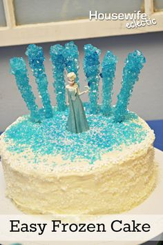 Housewife Eclectic: Easy Frozen Cake. How to make a simple Elsa cake that your child will love!