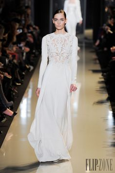 Elie Saab - Alta moda - Primavera-Estate 2013 - http://it.flip-zone.com/fashion/couture-1/fashion-houses/elie-saab-3351 - ©PixelFormula