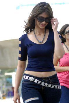 Telugu Actress Ileana Latest Spicy Stills in Tight Jeans from Nenu Naa Rakshasi - Raga Cinema