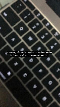 Reminder Quotes, Message Quotes, Text Quotes, Tumblr Quotes, Poetry Quotes, Self Reminder, Quotes Rindu, Story Quotes, Mood Quotes