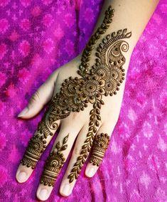 Top Easy, Simple and Latest Henna Arabic Mehndi Designs - Sensod - Create. Round Mehndi Design, Full Mehndi Designs, Henna Art Designs, Stylish Mehndi Designs, Mehndi Designs For Girls, Mehndi Design Pictures, Beautiful Mehndi Design, Mehandi Designs, Mehndi Images