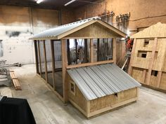 This is modeled after our Carolina Coop but the duck house is on the ground becaus Backyard Ducks, Chickens Backyard, Backyard Barn, Duck Pens, Pekin Duck, Duck Coop, Duck Farming, Raising Ducks, Duck House