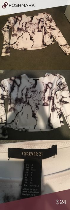 Forever 21 marble crop sweater NWOT Marble design. Bought from forever 21 never worn!! It is a little cropped size smal Forever 21 Tops Tees - Long Sleeve