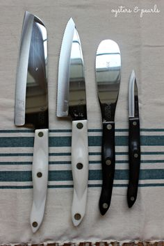 Kitchen Lessons - Knives | Oysters & Pearls