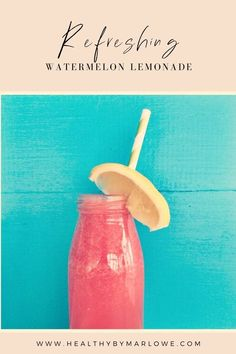 A quick & refreshing watermelon lemonade recipe that comes together in less than 5 minutes. Watermelon And Lemon, Watermelon Lemonade, Hot Sauce Bottles, Healthy Drinks, Smoothies, Drink Recipes, Happy Hour, Sweet, Food