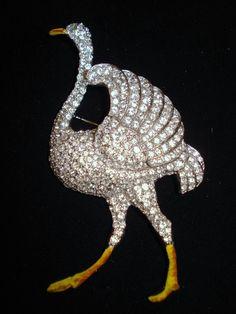 ostrich brooch - rhinestones and yellow enamel - Coro
