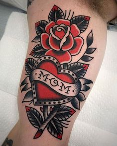 Mom Heart and Rose Family Tattoo Traditional Heart Tattoos, Traditional Tattoo Flowers, Traditional Tattoo Old School, Traditional Style Tattoo, Neo Traditional, American Traditional Tattoos, American Style Tattoo, Family Tattoos, Mom Tattoos