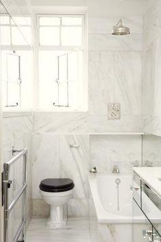 Design Sleuth: The Black Toilet Seat