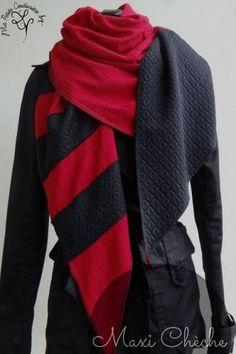 Chèche en maille rouge et noir - grand format