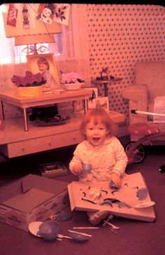 a little cutie! 1950s Christmas, Christmas Morning, Christmas Pictures, Vintage Christmas, Christmas Colors, Christmas Stuff, Thank You Dad, Vintage Colors, Old Photos