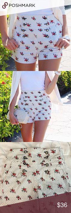 Zara polka dots and flowers sailor shorts! Very cute ! ❤️ Zara Shorts Jean Shorts