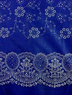 MÉTERÁRÚ régi csipke-pápai bordűrös Kékfestő ruha - 2,950Ft : Handmadeart, mesterek minősége Costumes Around The World, Indigo Dye, Folk Music, Blue Backgrounds, Linen Fabric, Shades Of Blue, Textile Art, All The Colors, Painting & Drawing