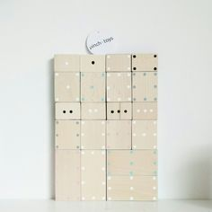 pinch • domino