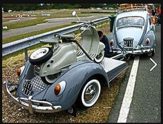 VW Beetle + VW trailer with Lambretta LD scooter