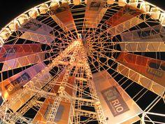 https://flic.kr/p/asyyH2   Rock in Rio 2011 Roda Gigante roda-gigante do Itaú da Cidade do Rock Rio de Janeiro Brazil Brasil vista   roda gigante e montanha-russa kabbon tirolesa patrocinada pela Heineken shopping com 30 lojas Rock Street tenda eletrônica.