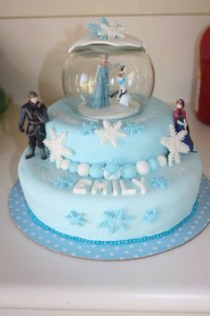 My daughters 3rd Birthday Cake - Frozen