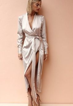 SATIN MAXI OYSTER-NEVER FULLY DRESSED