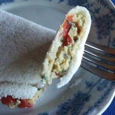 Tapioca com recheio de ovo e queijo cremoso light