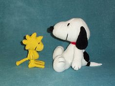 Amigurumi Patterns Snoopy : Knitted smurf and smurfette dolls knitted dolls pinterest