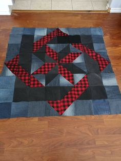 Big Block Quilts, Cute Quilts, Boy Quilts, Small Quilts, Quilt Blocks, Denim Quilts, Denim Quilt Patterns, Quilt Square Patterns, Half Square Triangle Quilts