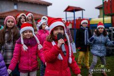 Copiii din Westfield #westfieldarad #cartierrezidential #craciun #cadouri #familie #colinde #sarbatori #home #Christmas #kids #family #joy #santa #brightlights