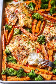Sheet-Pan Chili-Lime Tilapia Recipe with Veggies - recipe fish sheetpan dinner - A super easy quick and healthy sheet-pan meal for busy weeknights - recipe by Seafood Dishes, Seafood Recipes, Cooking Recipes, Healthy Recipes, Tilapia Recipes Healthy Baked, Tilapia Dishes, Talapia Recipes Easy, Whole30 Recipes, Drink Recipes