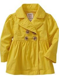Oh goodness ... baby, yellow trench. absolutely love this!! gimme gimme (: